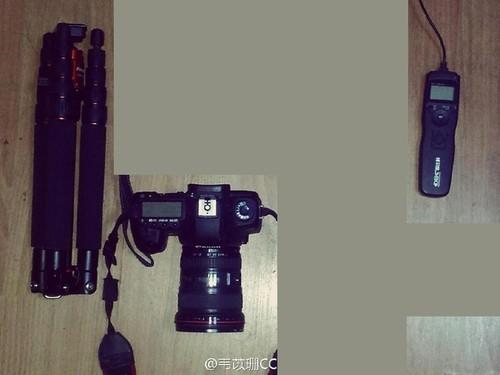 自拍必备:相机、快门线、十几家