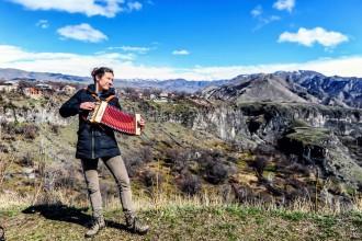 行摄 | 在亚美尼亚偶遇手风琴